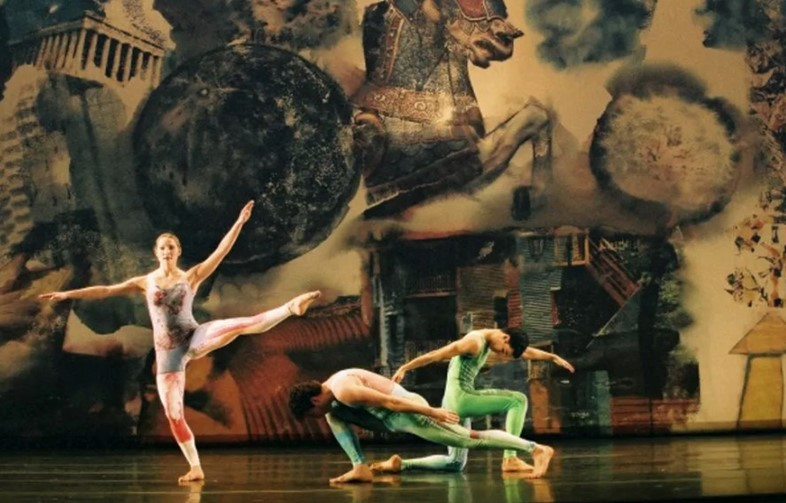 Merce Cunningham Dance Company performing Interscape (2000), with costumes and décor byRobert RauschenbergCourtesy Walker Art