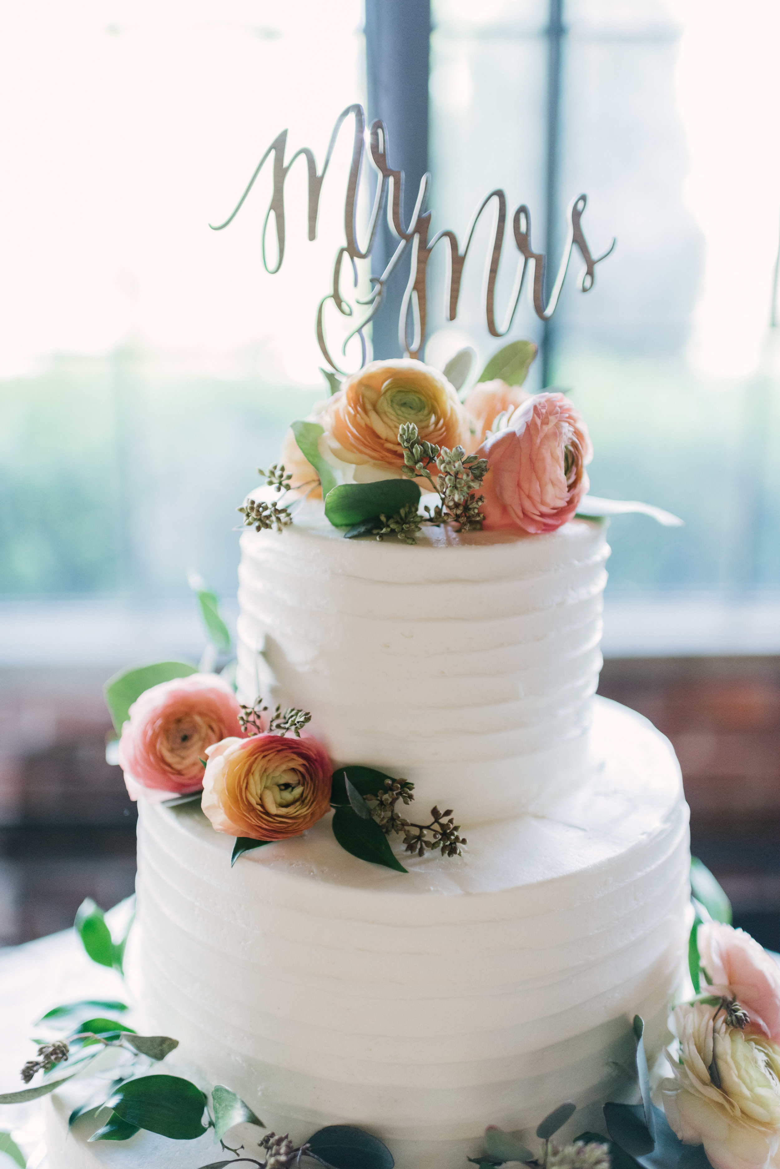 Industrial Modern Atlanta Wedding by Lauren Rae Photography