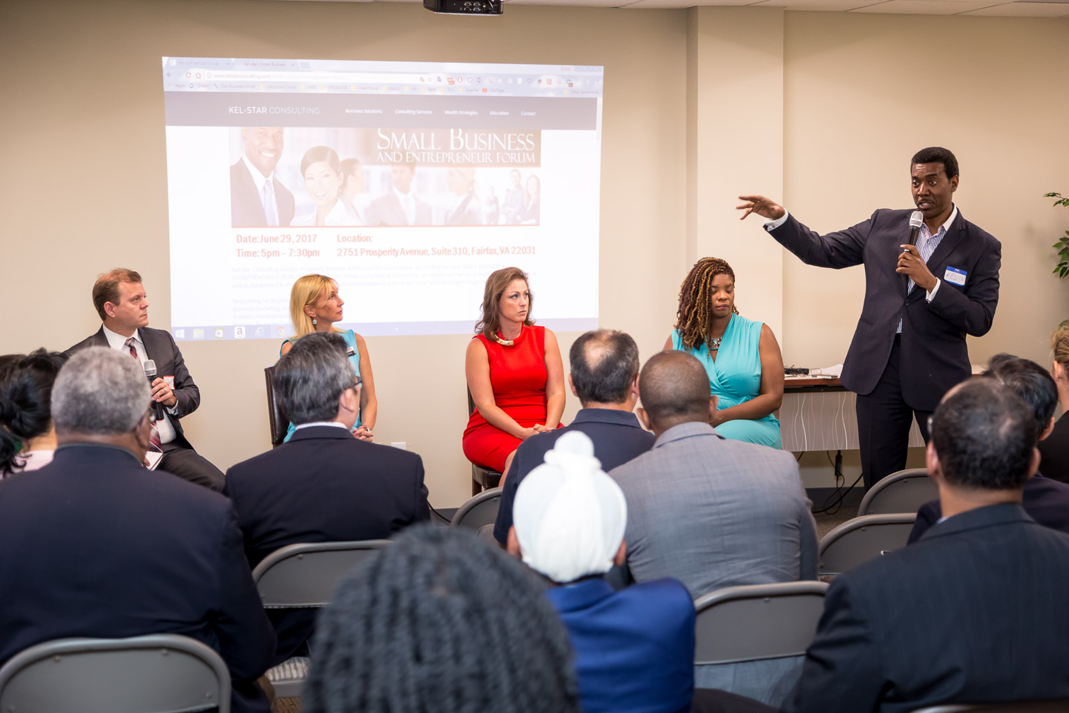 Kelvin moderated and the four panelists shared business advice from the perspective of each of their areas of expertise.