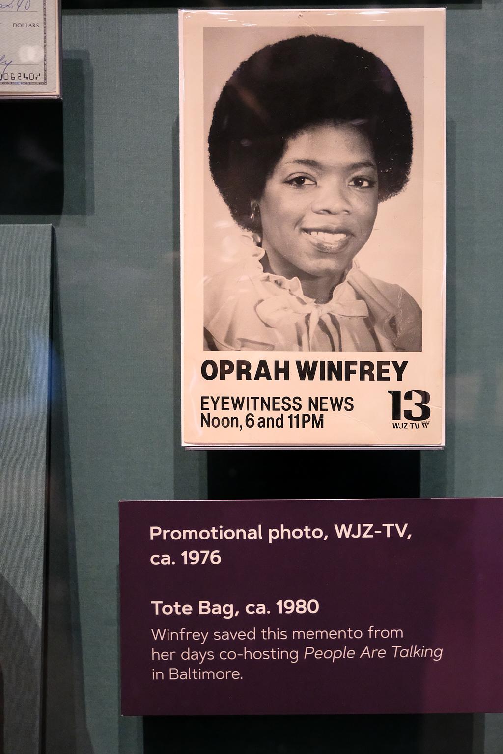 NMAAHC_Oprah_Exhibit_2018-09-26-032.jpg