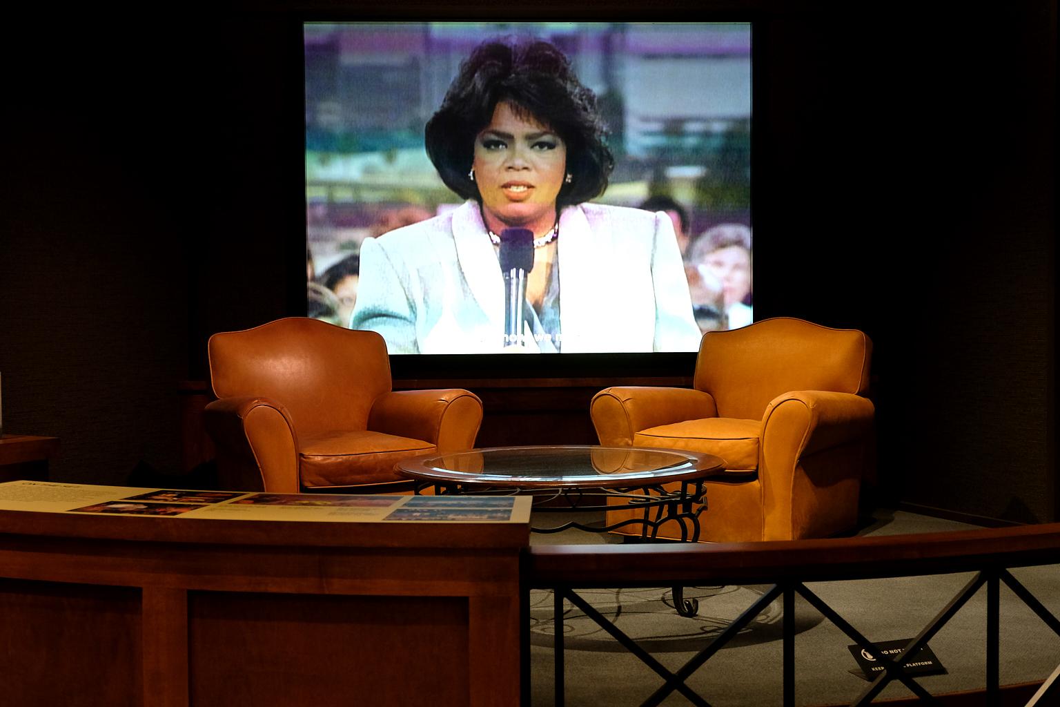 NMAAHC_Oprah_Exhibit_2018-09-26-097.jpg