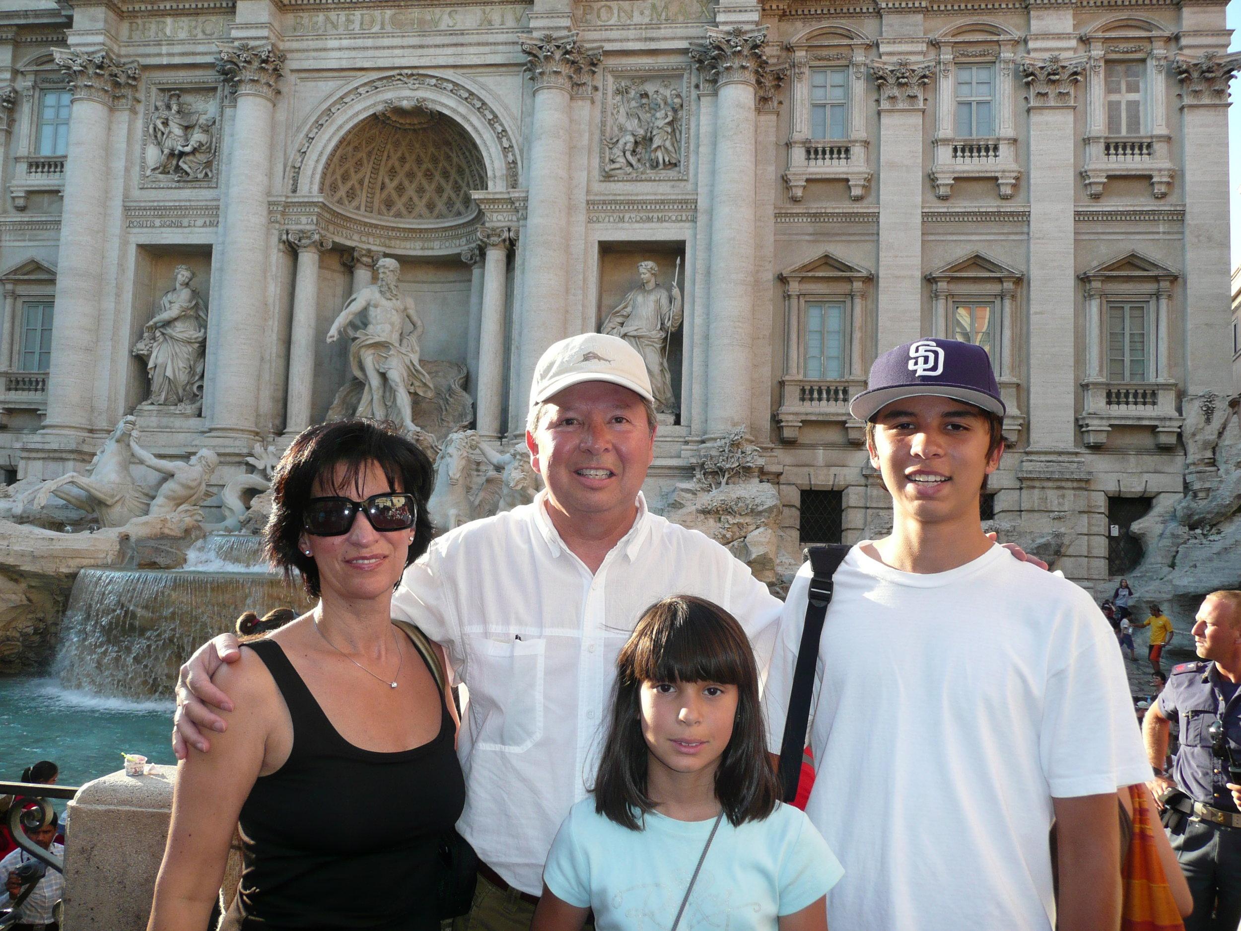 family in italy.JPG
