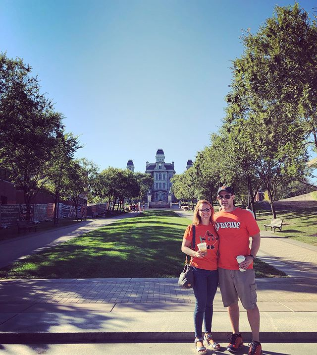 You know you've been out of college way too long when you pregame a football game with coffee and wake up at 9am on Sunday to run a quick 5K. But it suuure felt good to be home this weekend @syracuseu 🧡🧡🧡 #orangenation🍊 #cuse 📷: @aclibby