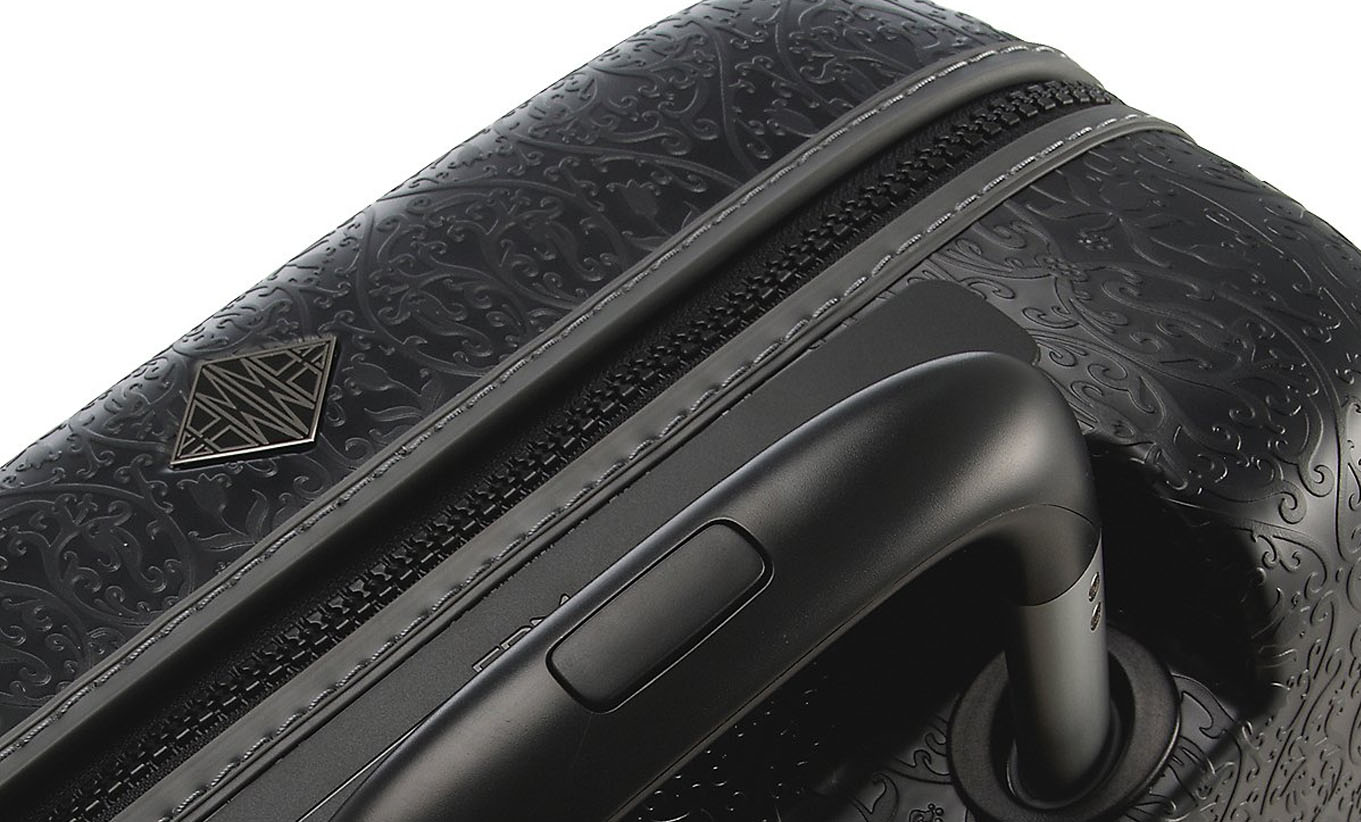 Saint Jacques, Fabbrica Pelletterie Milano. A high end luggage collection featuring an intricate patterned surface texture that also provides excellent scratch resistance.
