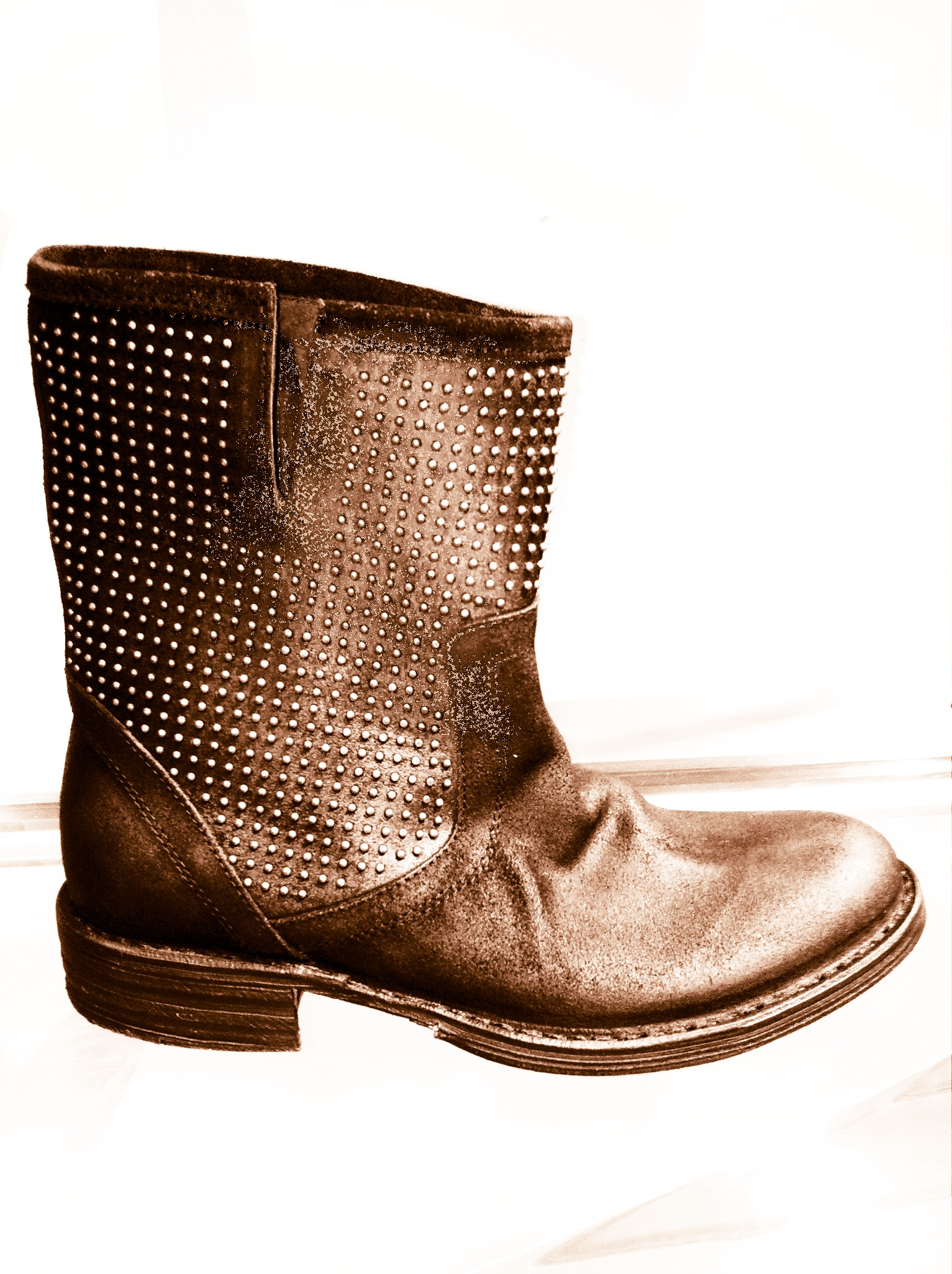 Giving insecurity the BOOT!!! (specifically, the Fiorentini & Baker boot)