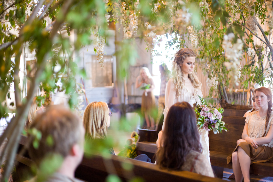 whimsical vancouver island wedding photographer, romantic vancouver island wedding photographer, ethereal wedding photography, magical wedding photos, angelic wedding photos, vancouver island wedding photography, whimsical weddings