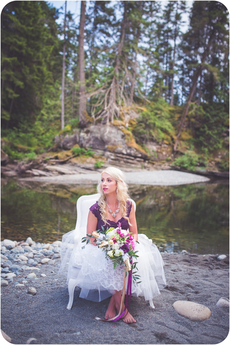 bohemian glamour inspired bridal session along river in Parksville BC