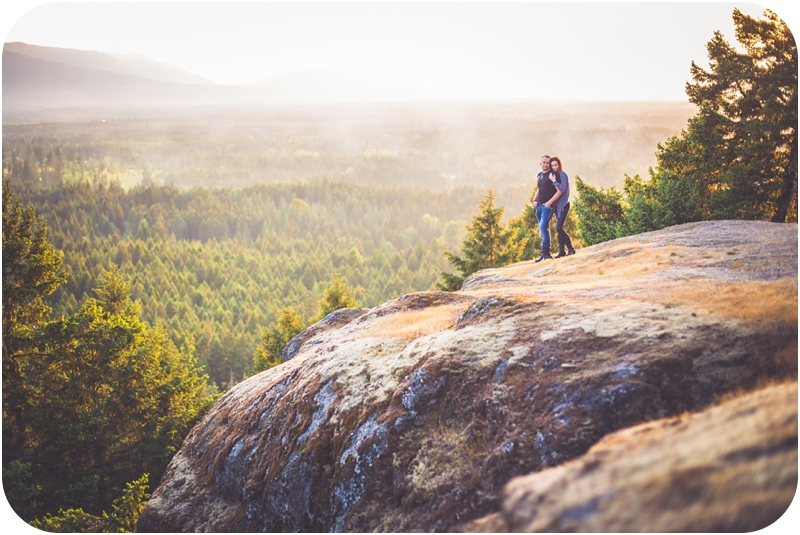 engagement session on little mountain in parksville bc at sunset