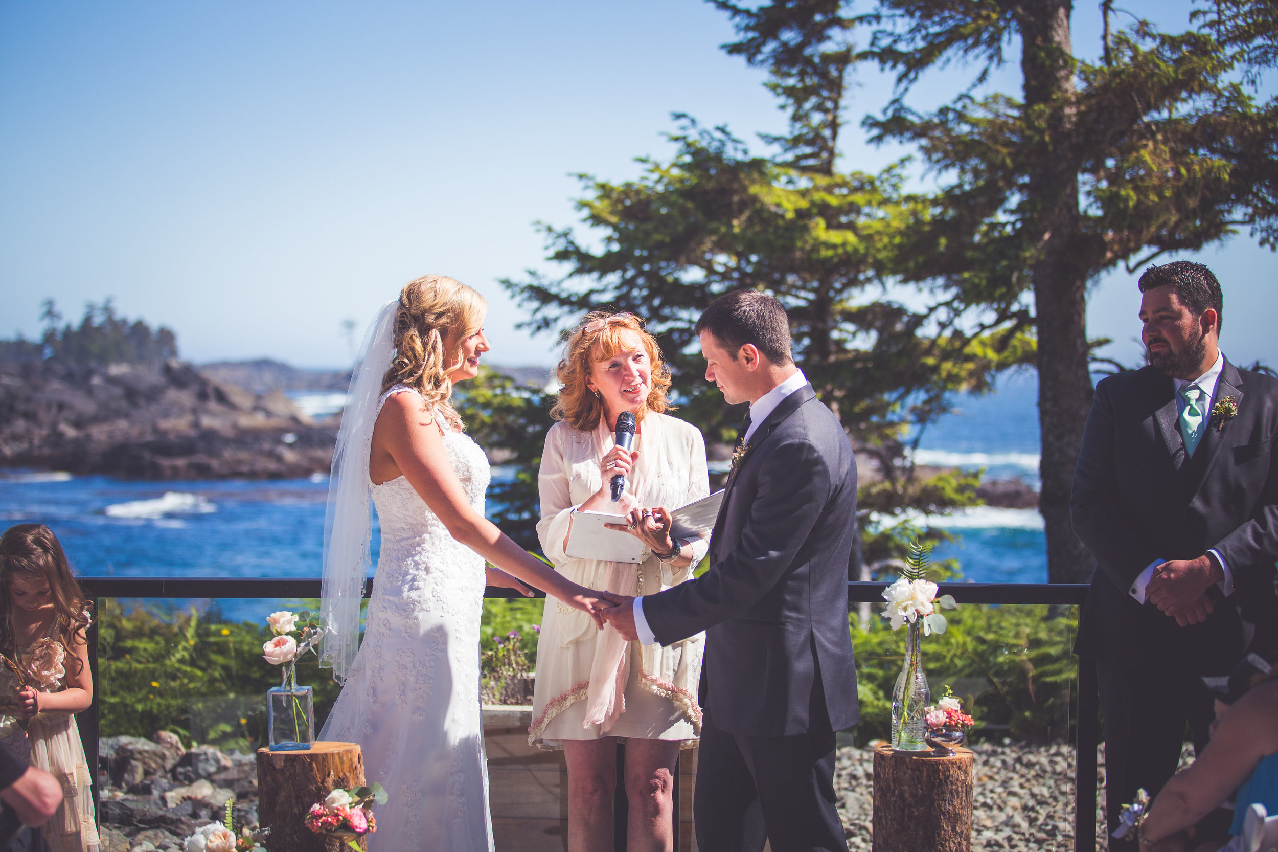 black-rock-oceanfront-resort-weddings-ucluelet-bc-courtney-jake-238.jpg