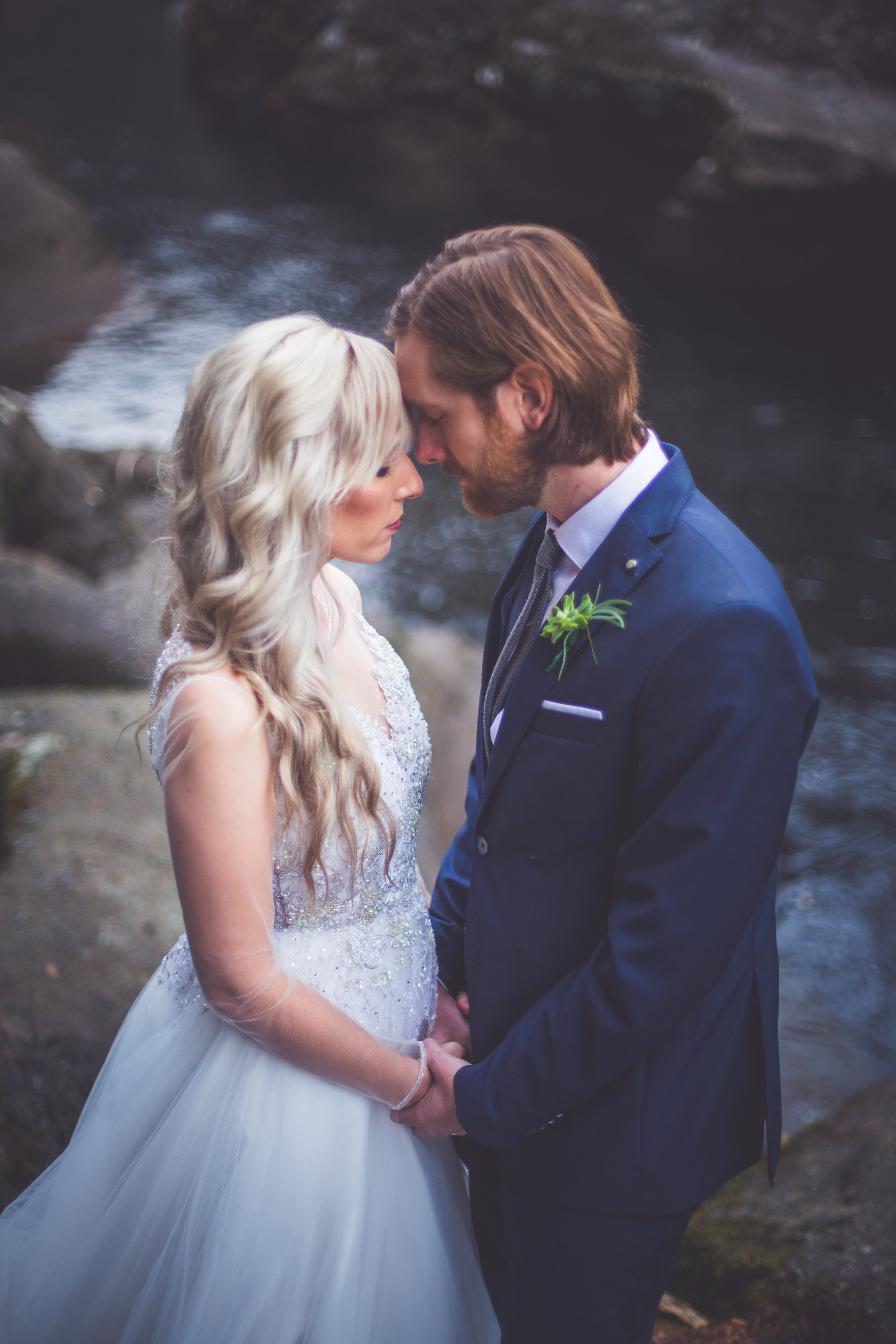 whimsical-romantic-wedding-top-bridge-5.jpg