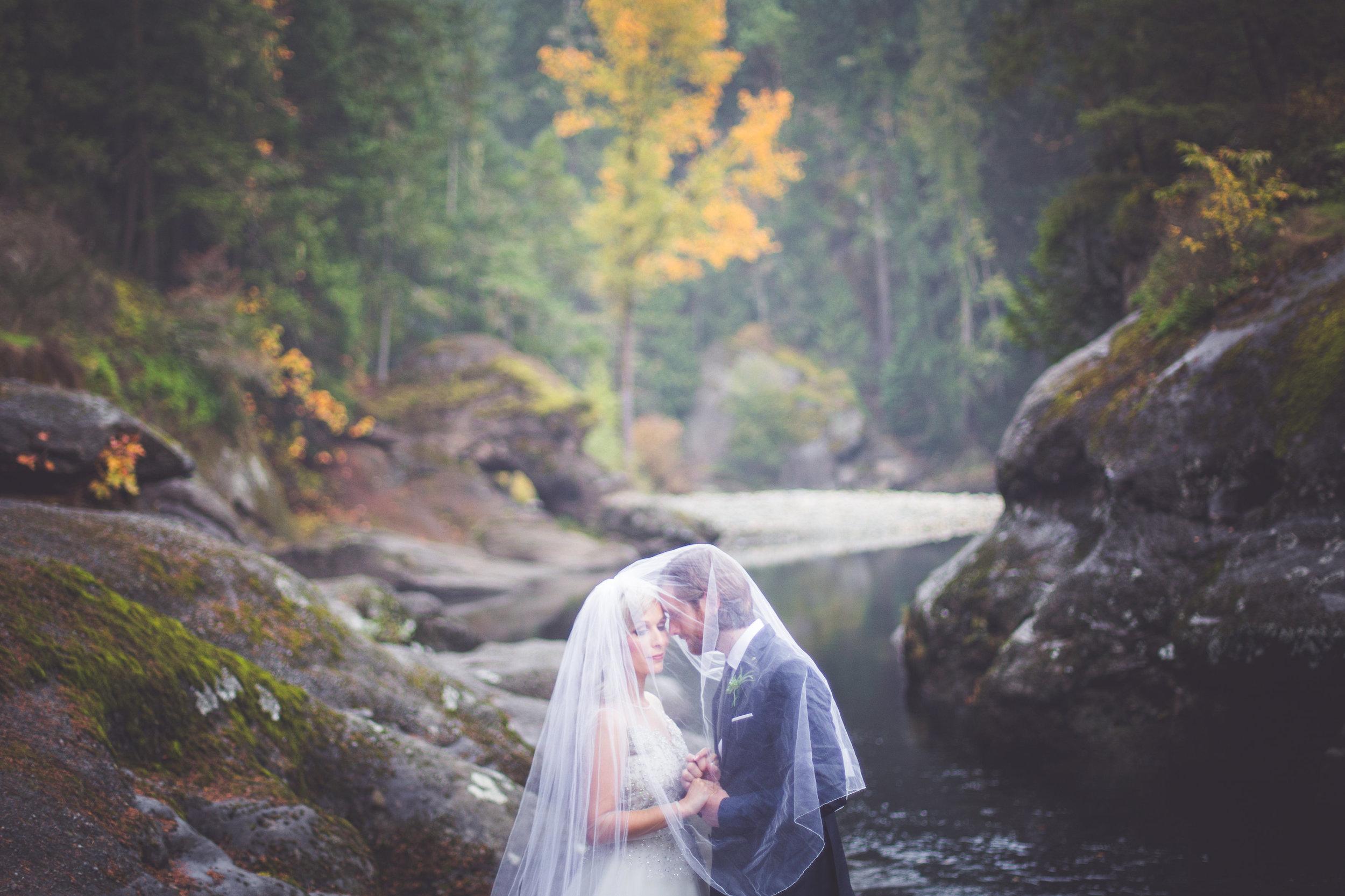 whimsical-romantic-wedding-top-bridge-11.jpg