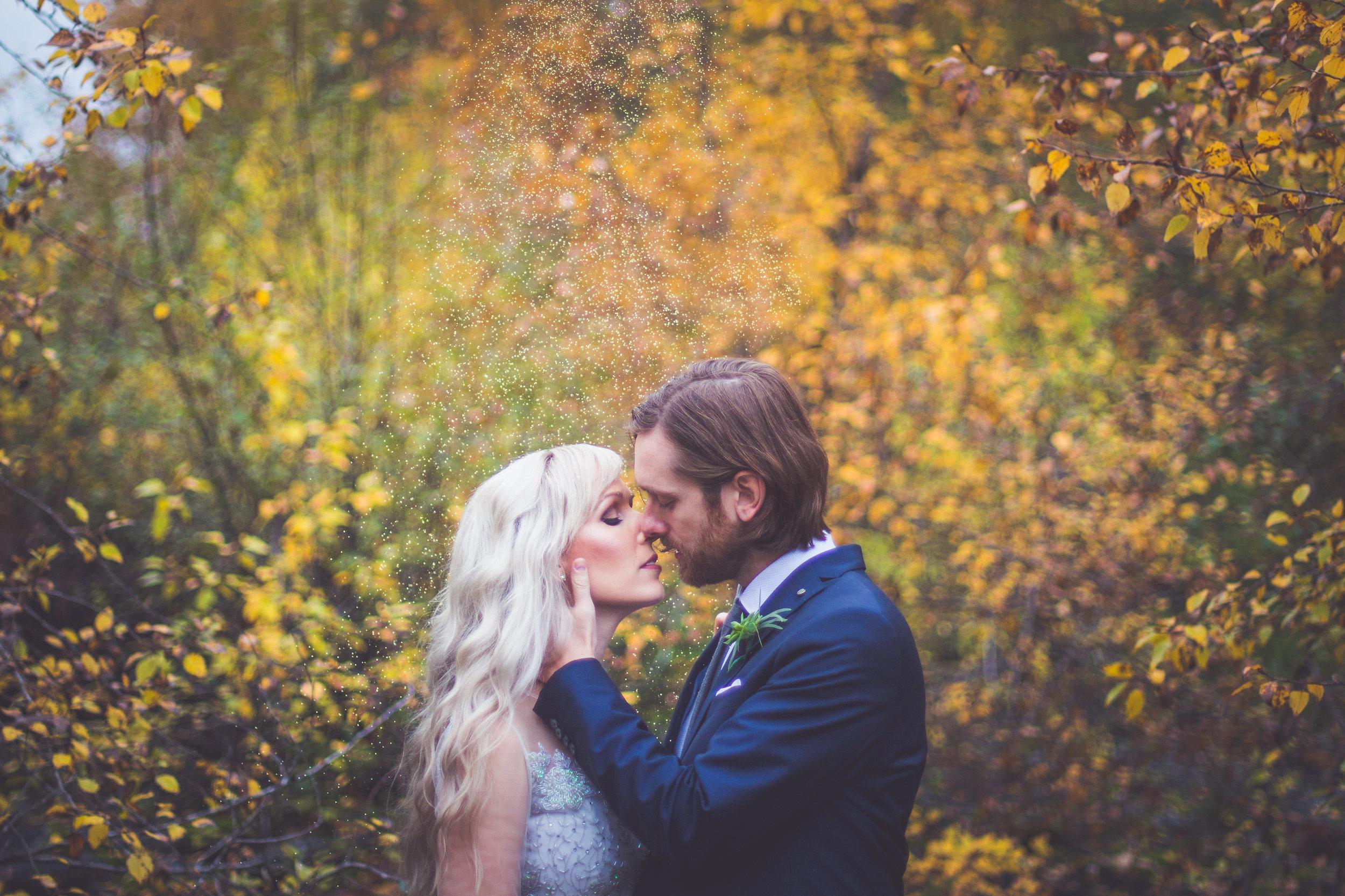 whimsical-romantic-wedding-top-bridge-35.jpg