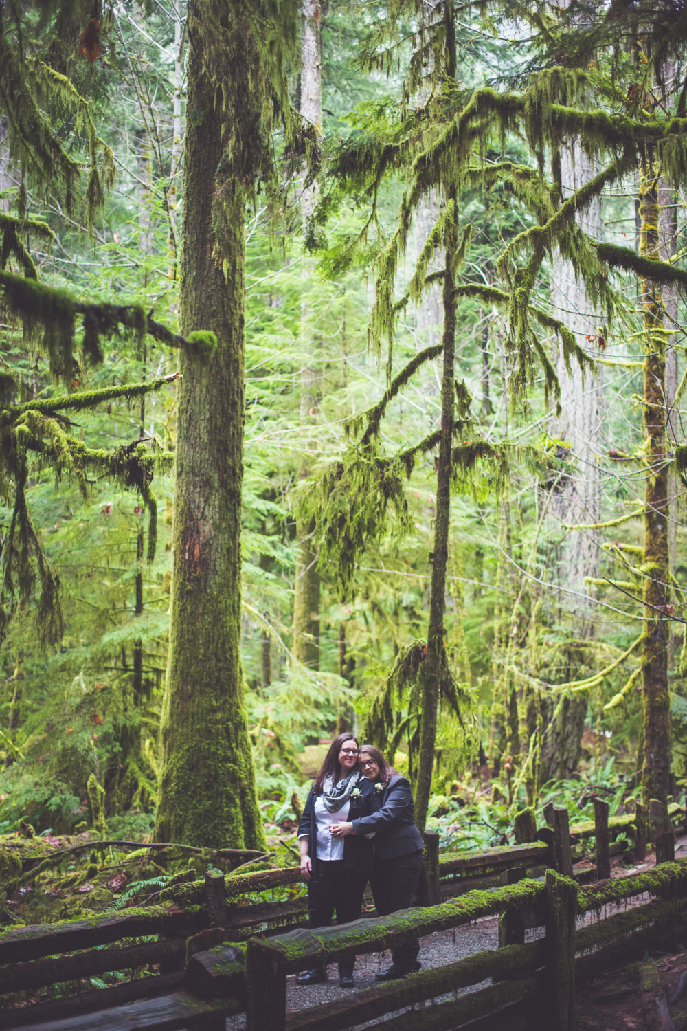 cathedral-grove-elopement-photos-31.jpg