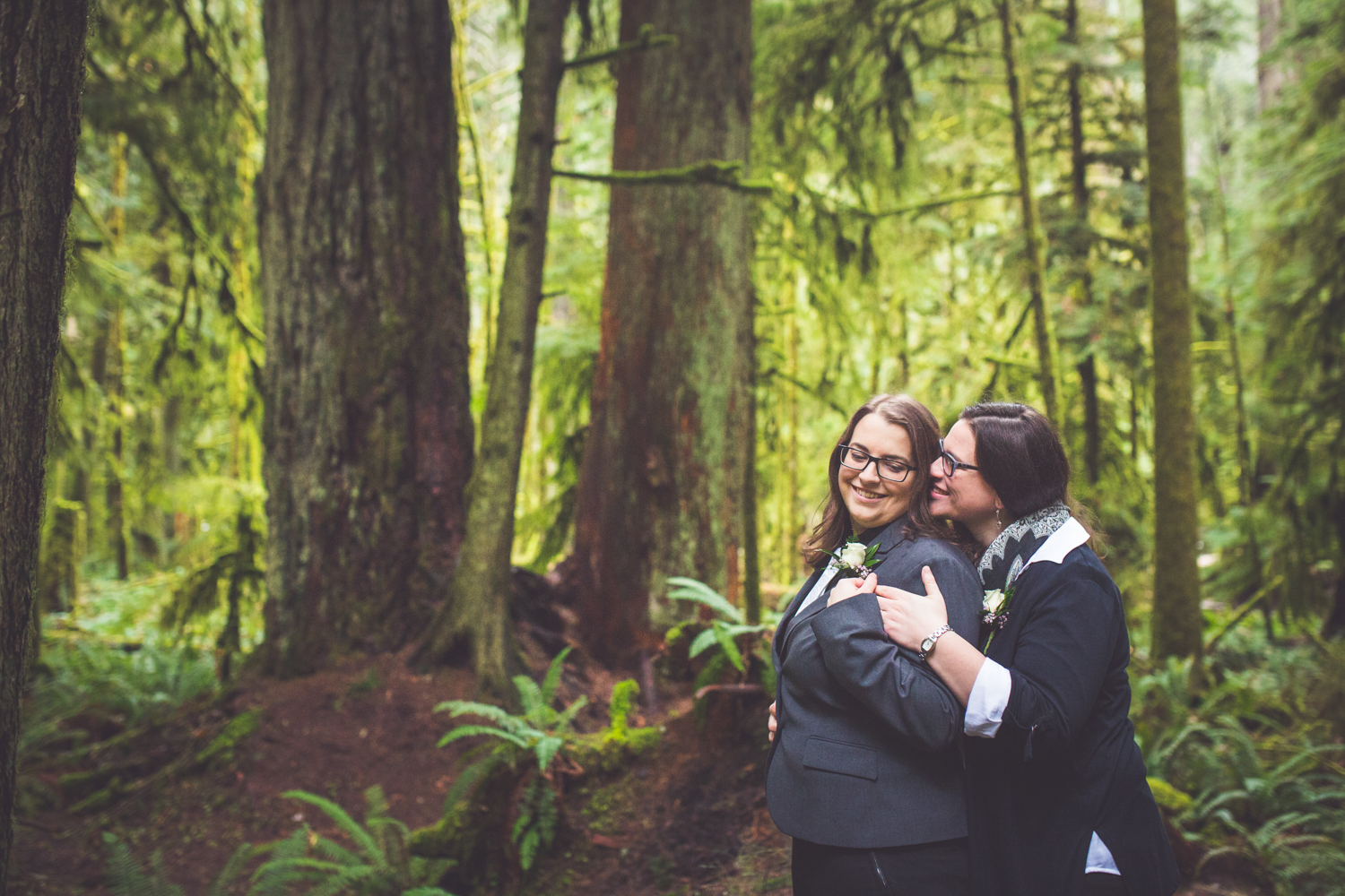 cathedral-grove-elopement-photos-28.jpg