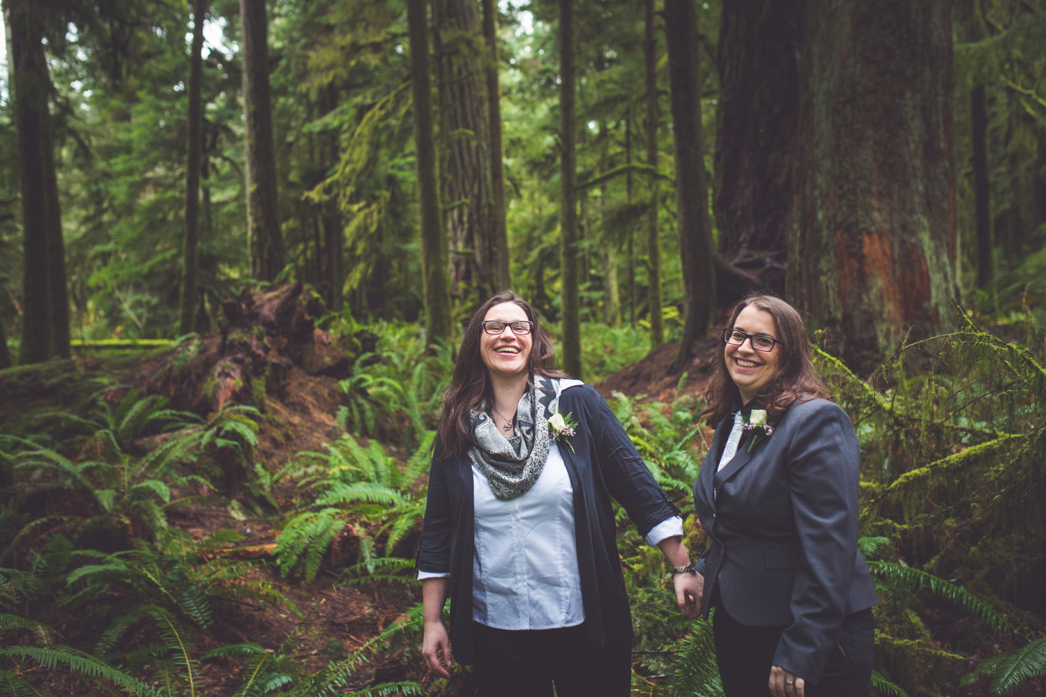 cathedral-grove-elopement-photos-24.jpg