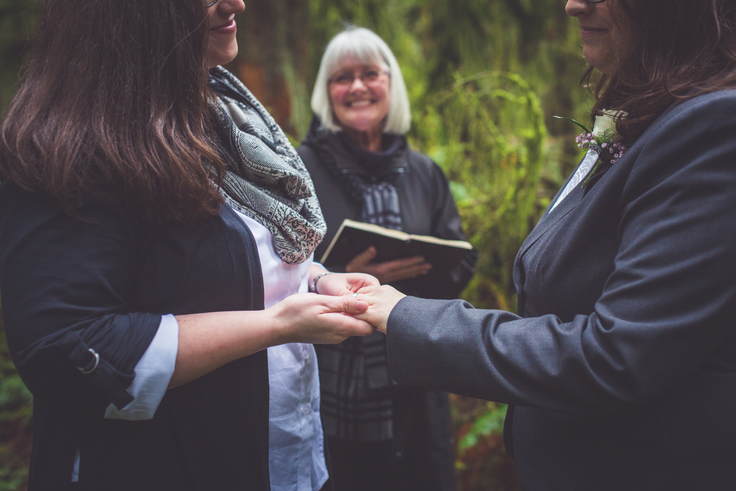 cathedral-grove-elopement-photos-23.jpg