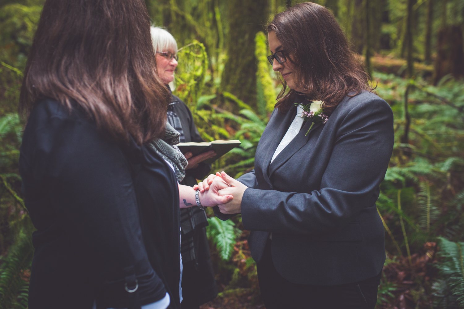 cathedral-grove-elopement-photos-22.jpg