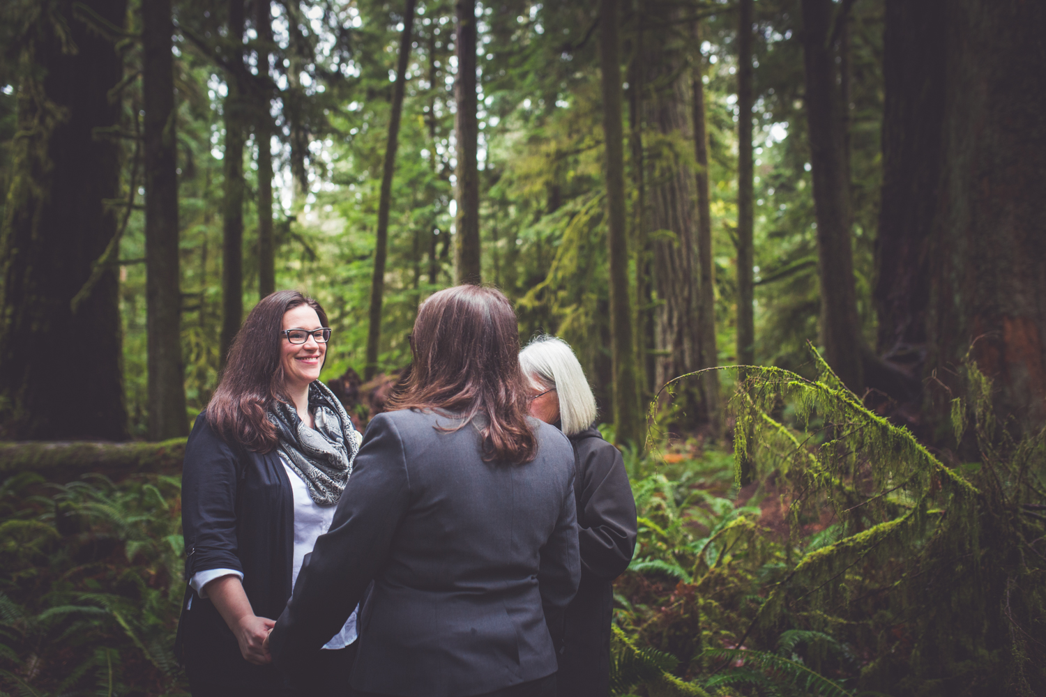 cathedral-grove-elopement-photos-17.jpg