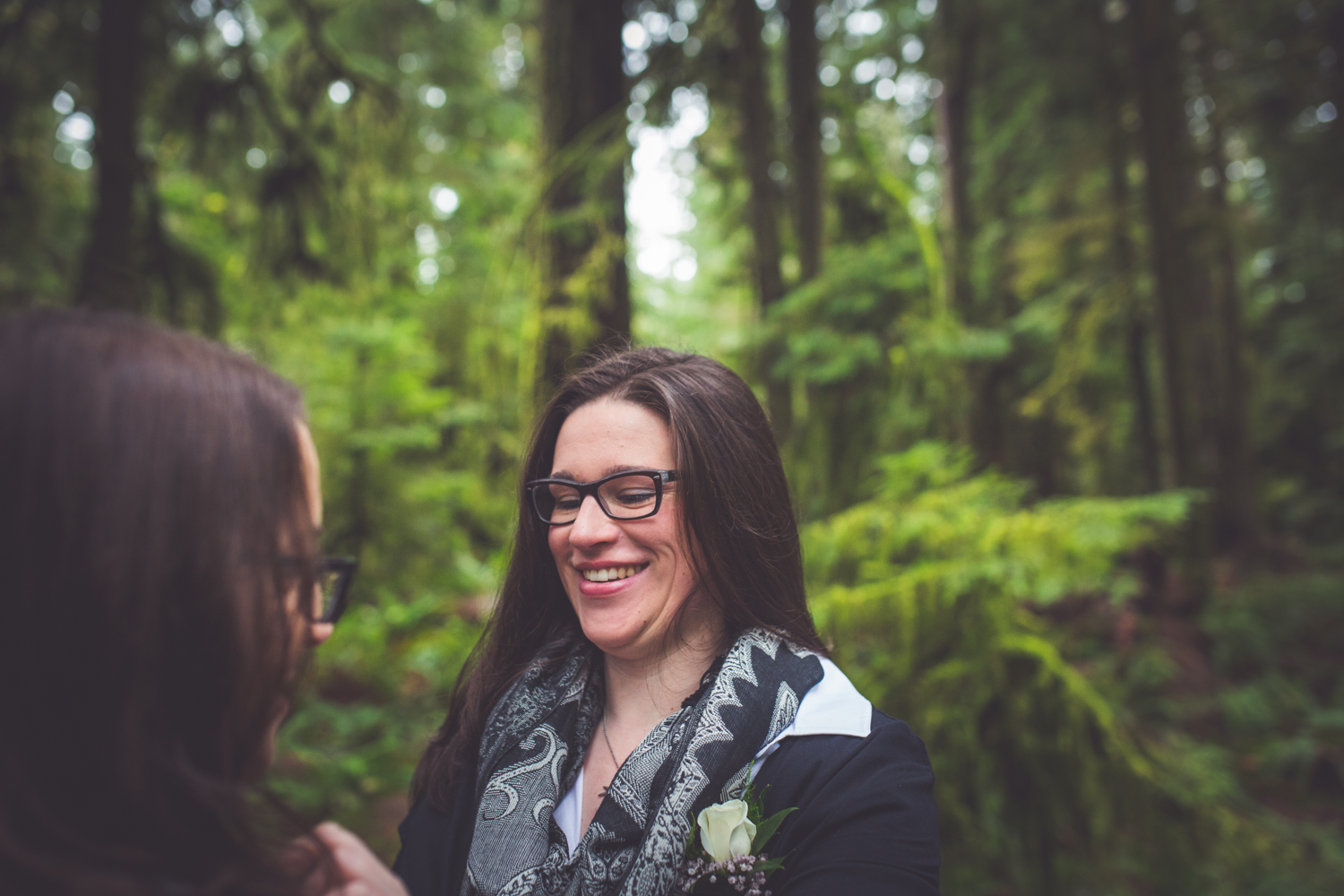 cathedral-grove-elopement-photos-14.jpg