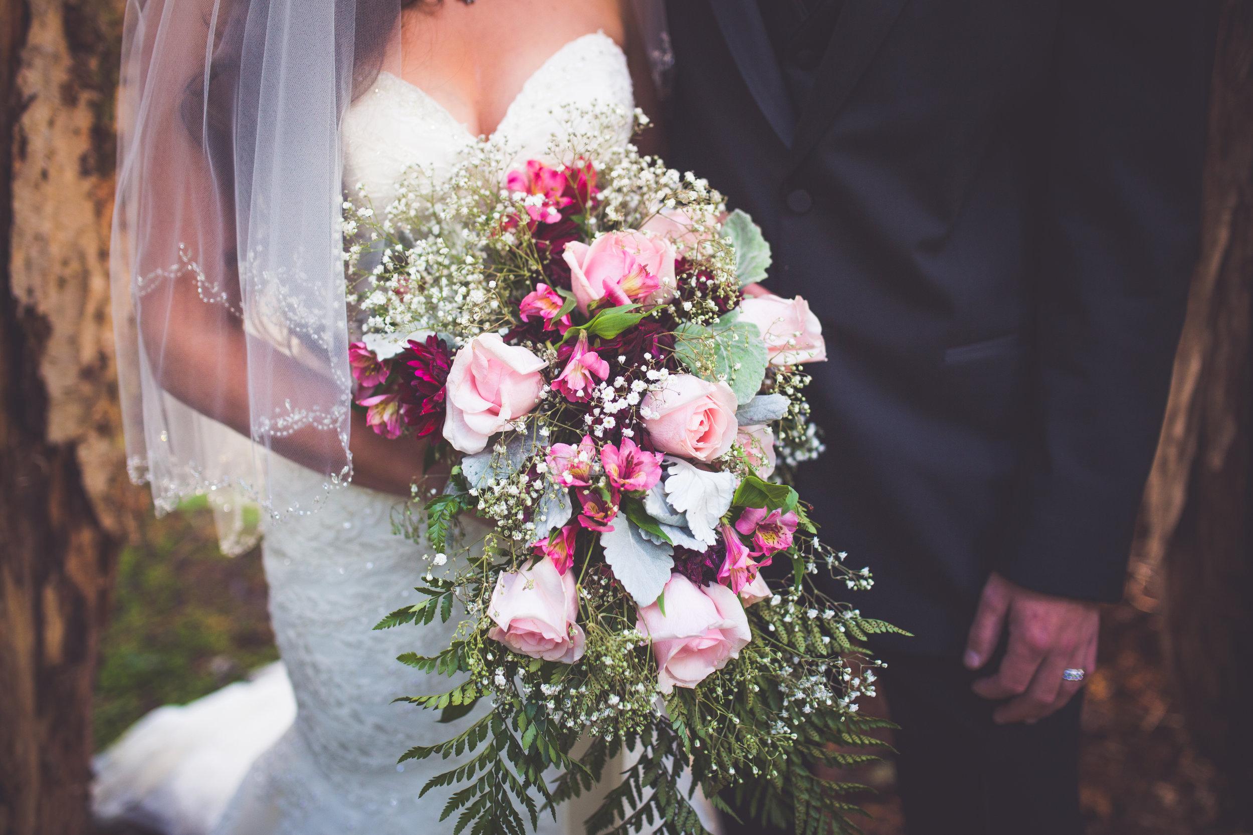 gorgeous bridal bouquet for mount washington resort wedding