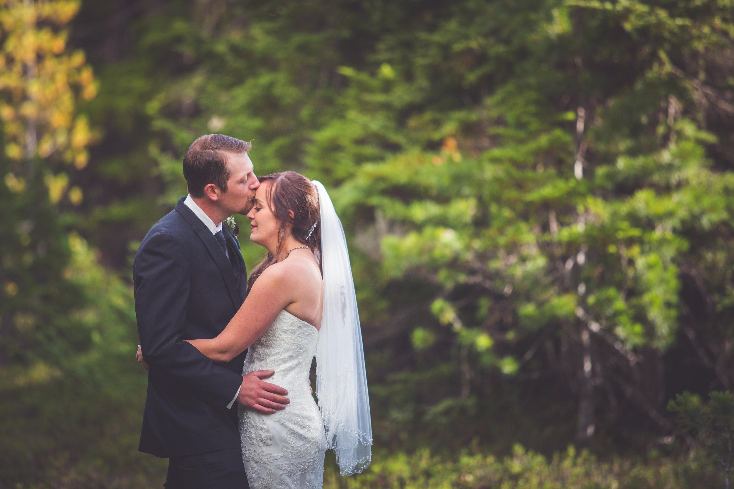 sweet bride and groom portraits vancouver island