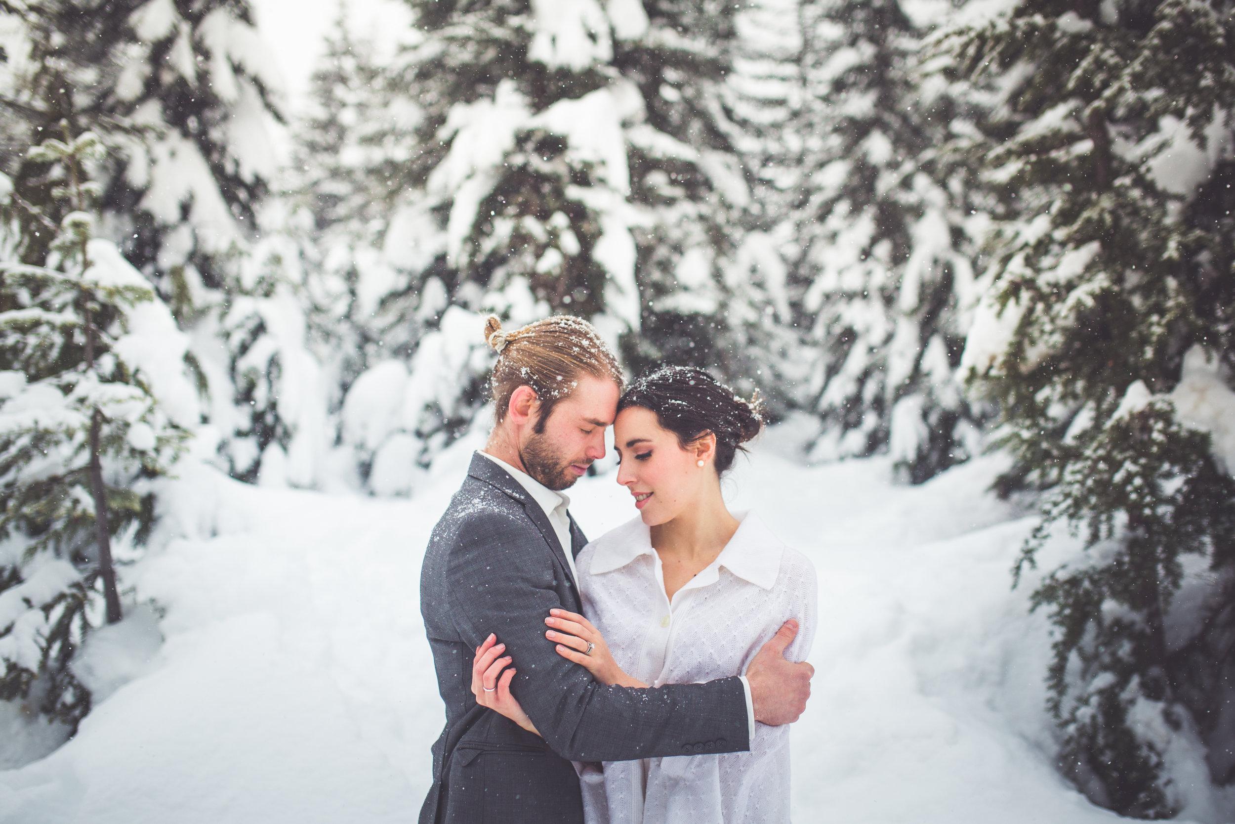 romantic winter wedding vancouver island