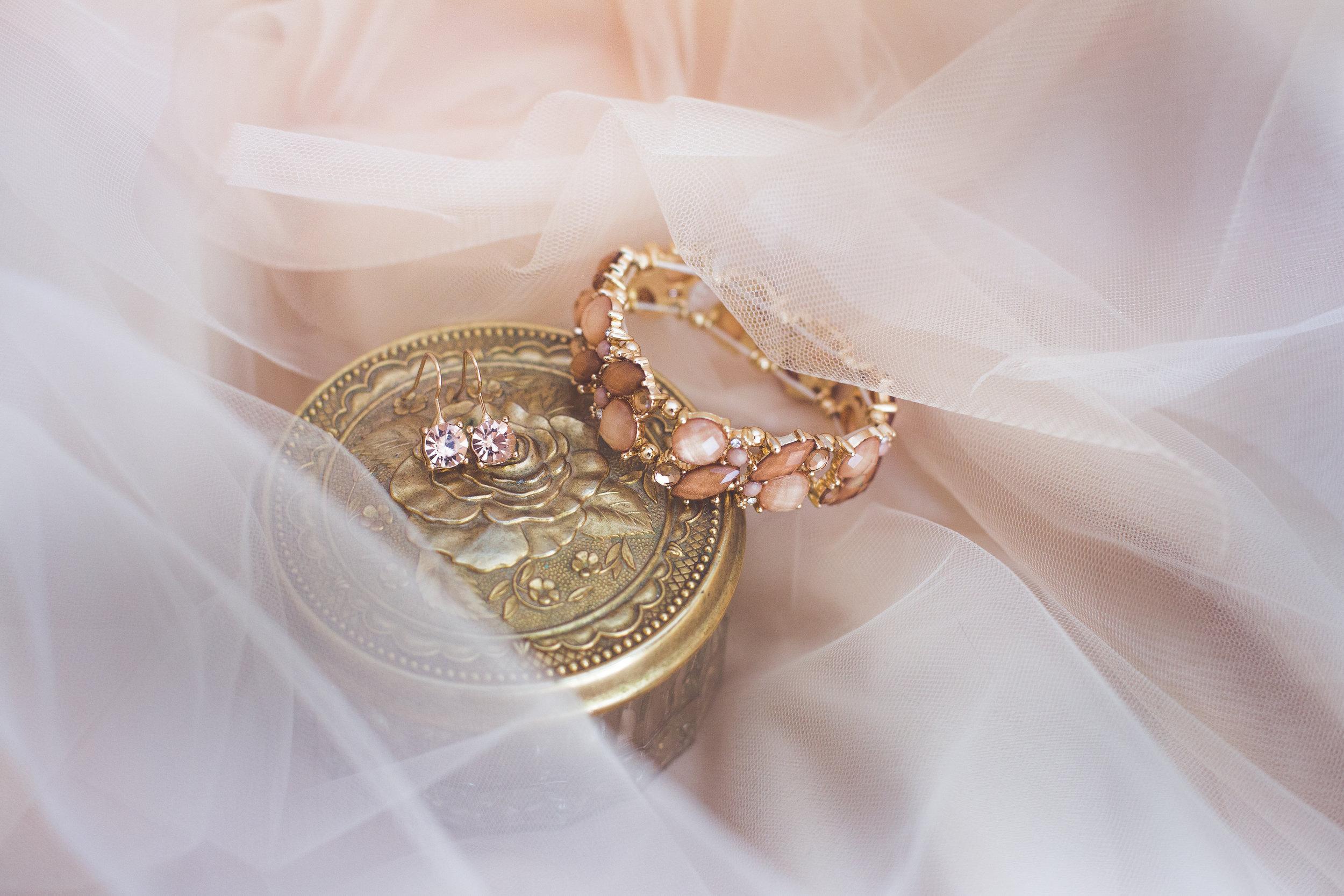 romantic wedding details Parksville bc