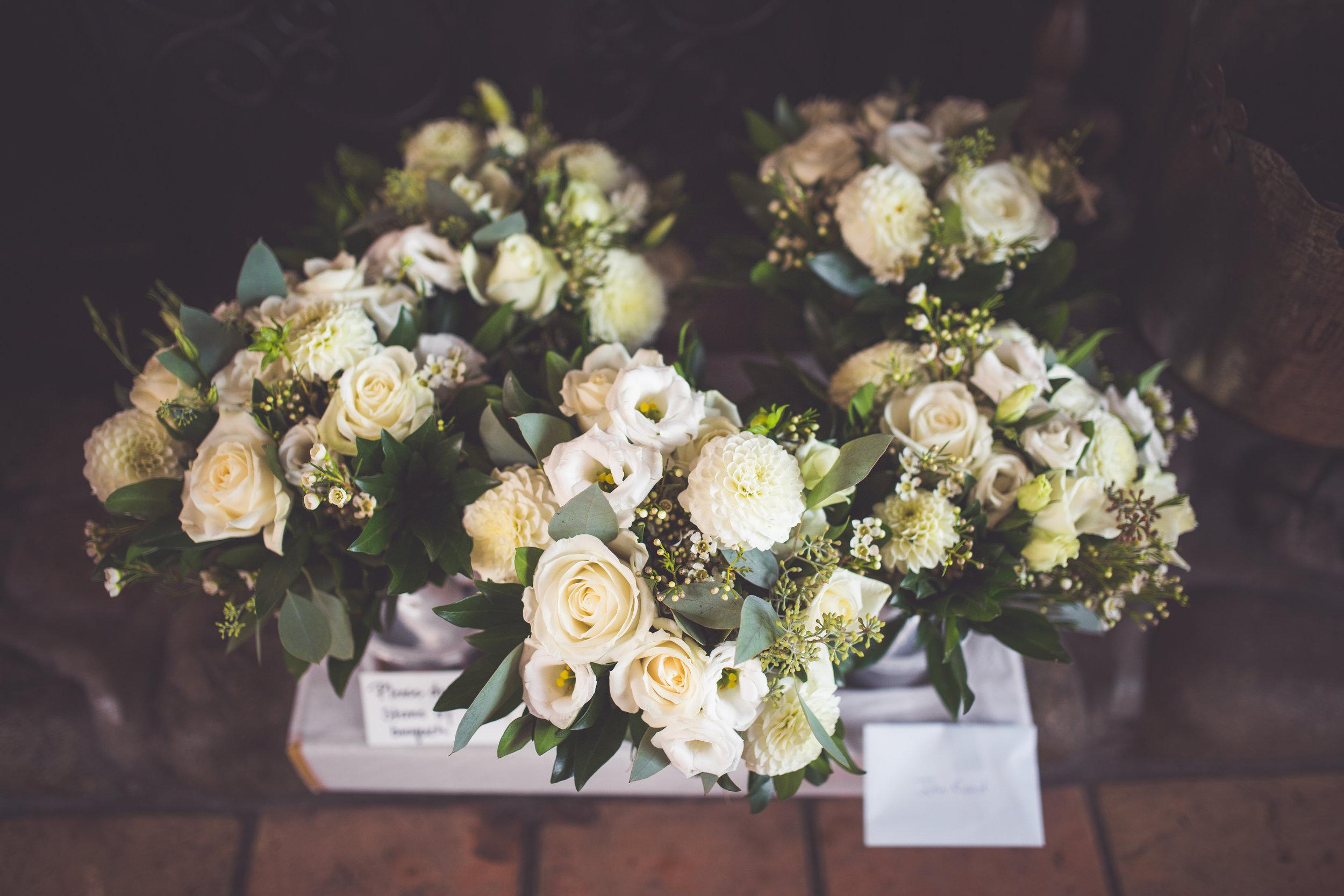 petal and kettle wedding flowers