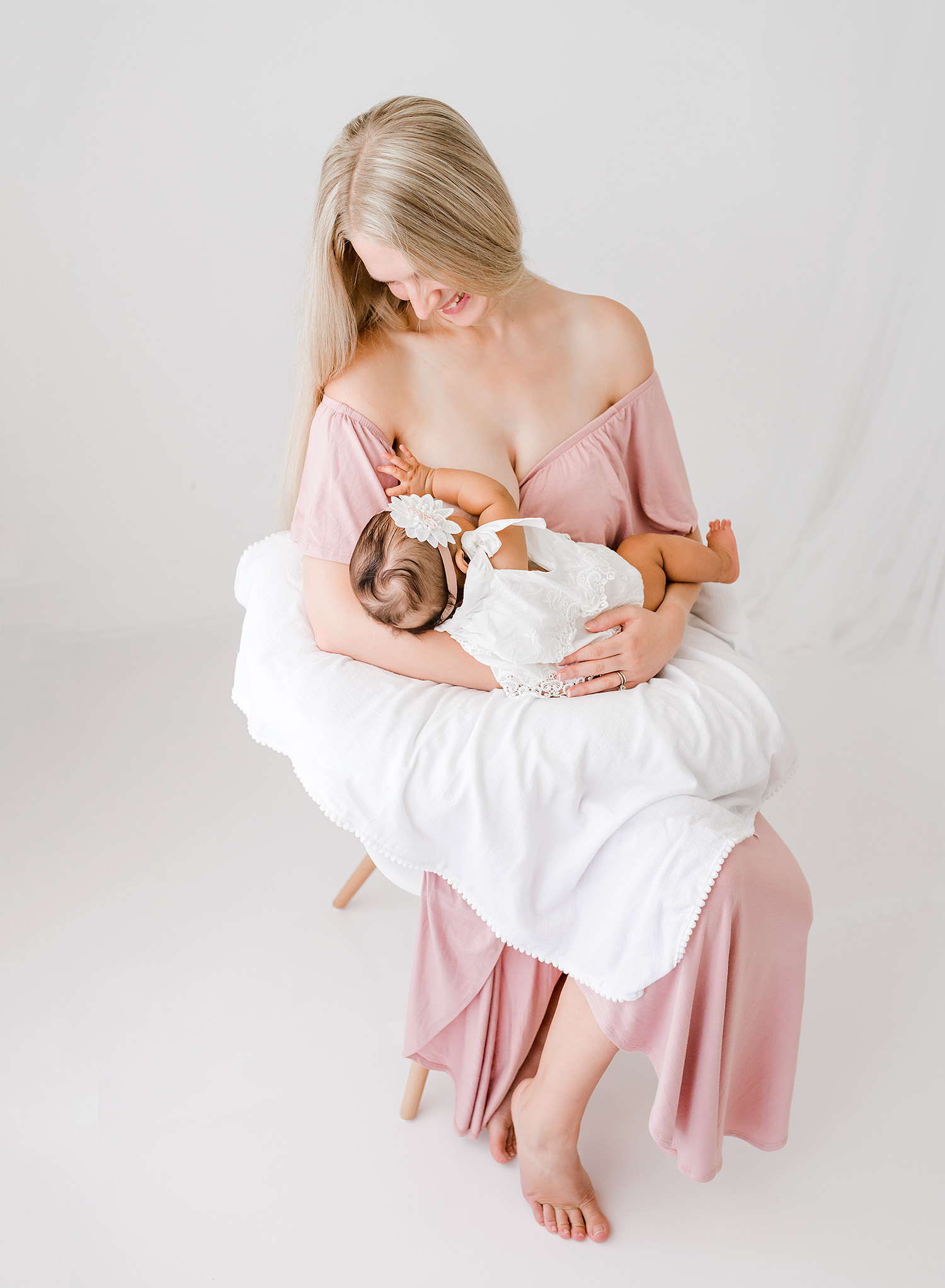 breasfeeding-photography-mommy-and-me-andrea-krey-photography-savannah-ga6.jpg