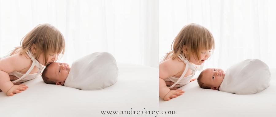 Newborn-baby-family-photographers-Savannah-GA.jpg