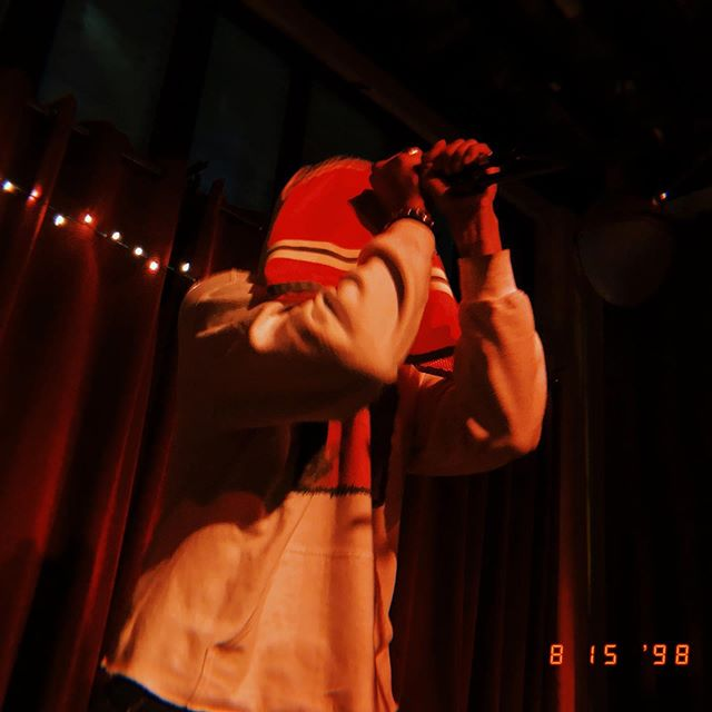 @hoddybase last show in HPK he ended up rapping standing on a table that was about to fall over