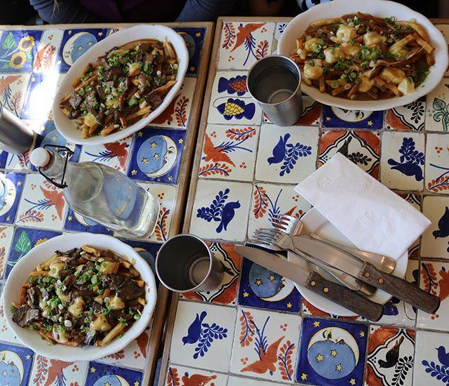 one round of #poutines, please! 🍟 🍟 🍟 🍟 🍟 📸: @mlangelier  #communekitchen #c🐖k #eat #eatit #eatout #eatup #eeeeeats #housemade #fromscratch #doughfocus #arlington #arlingtonma #arlingtonmass #boston #bostonma #cambridge #somerville #medford #bakery #restaurant #chefowned #locallyownedandoperated #supportsmallbusiness #comegetit #dontmissout #shortribpoutine #fries #poutinefries #EVERYBODYGETSAPOUTINE!