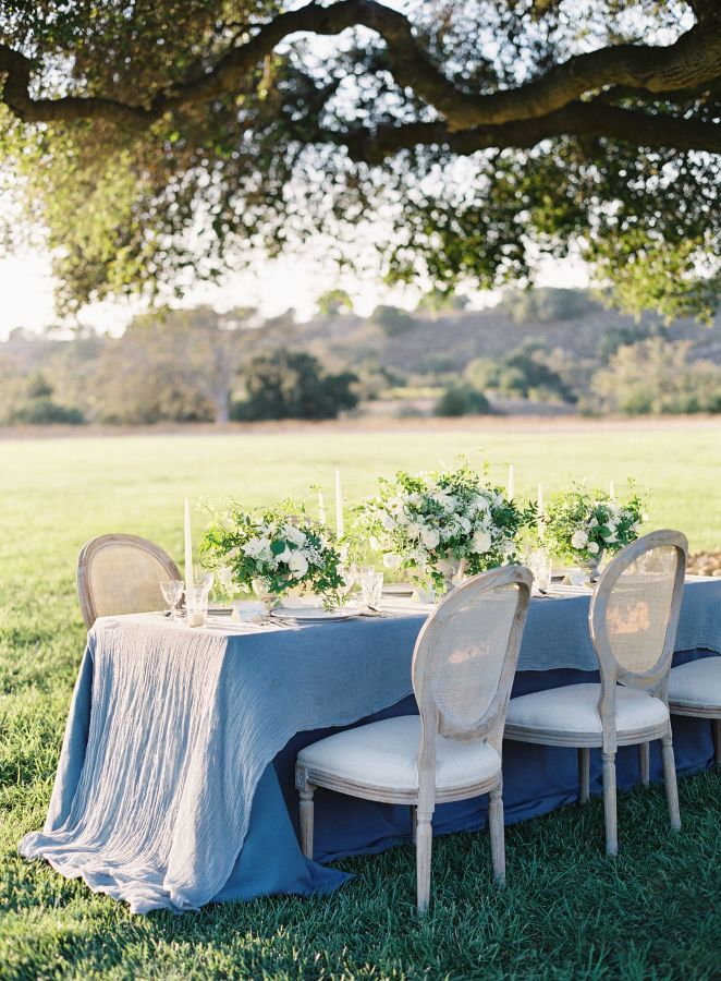 The Best La Tavola Tables on A Savvy Lifestyle [via Style me Pretty | Kurt Boomer Photography |  Joy Proctor Design]