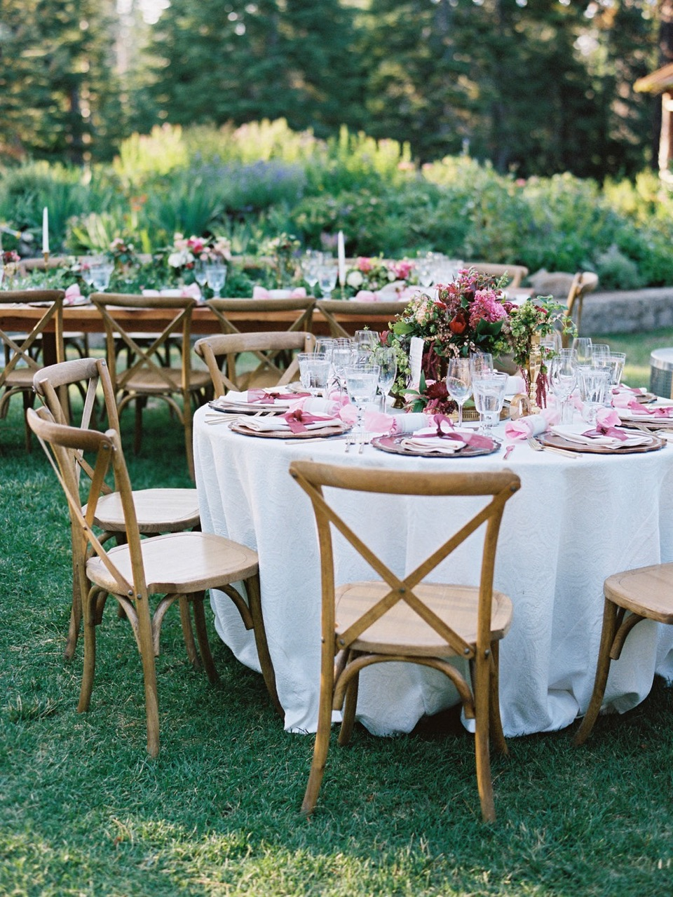 The Best La Tavola Tables by A Savvy Lifestyle [Elive Events | Ryan Ray Photo | B & B Flower Designs]
