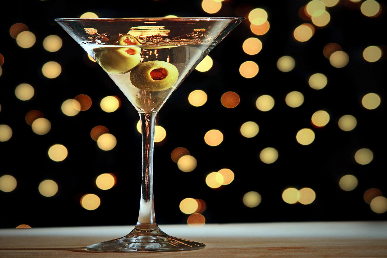 Martini-116032485-56a172d95f9b58b7d0bf6091.jpg