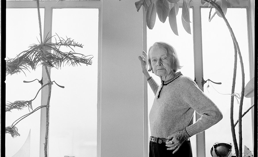 dealer-betty-parsons-pioneered-male-abstract-expressionistsbut-who-were-the-unrecognized-women-900x450-c.jpg