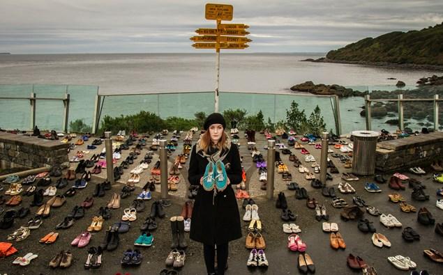 600 shoes girl.jpg