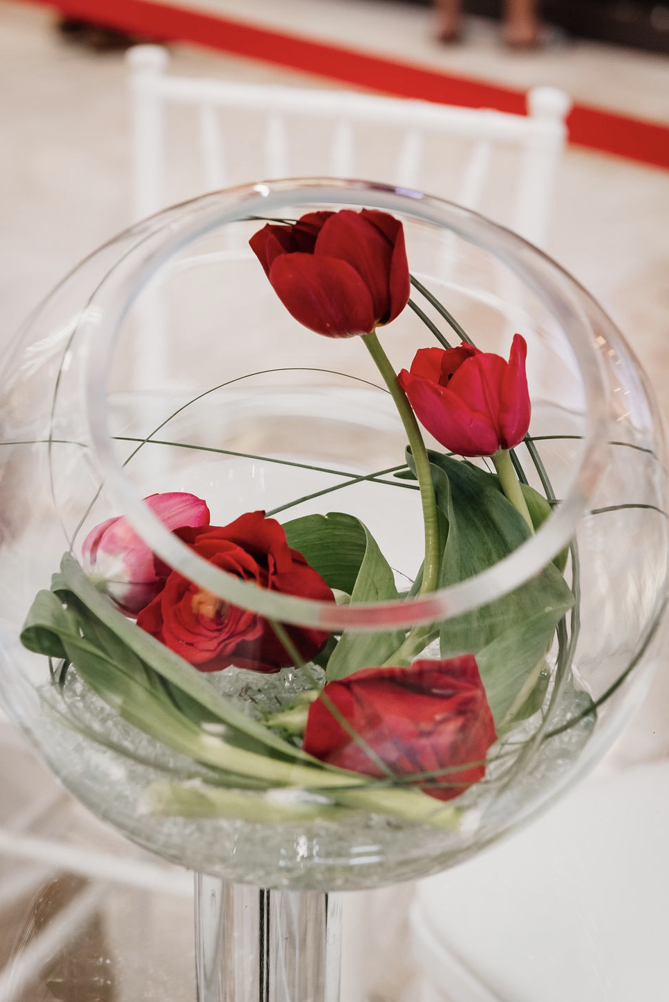 red rose red tulip modern centerpiece