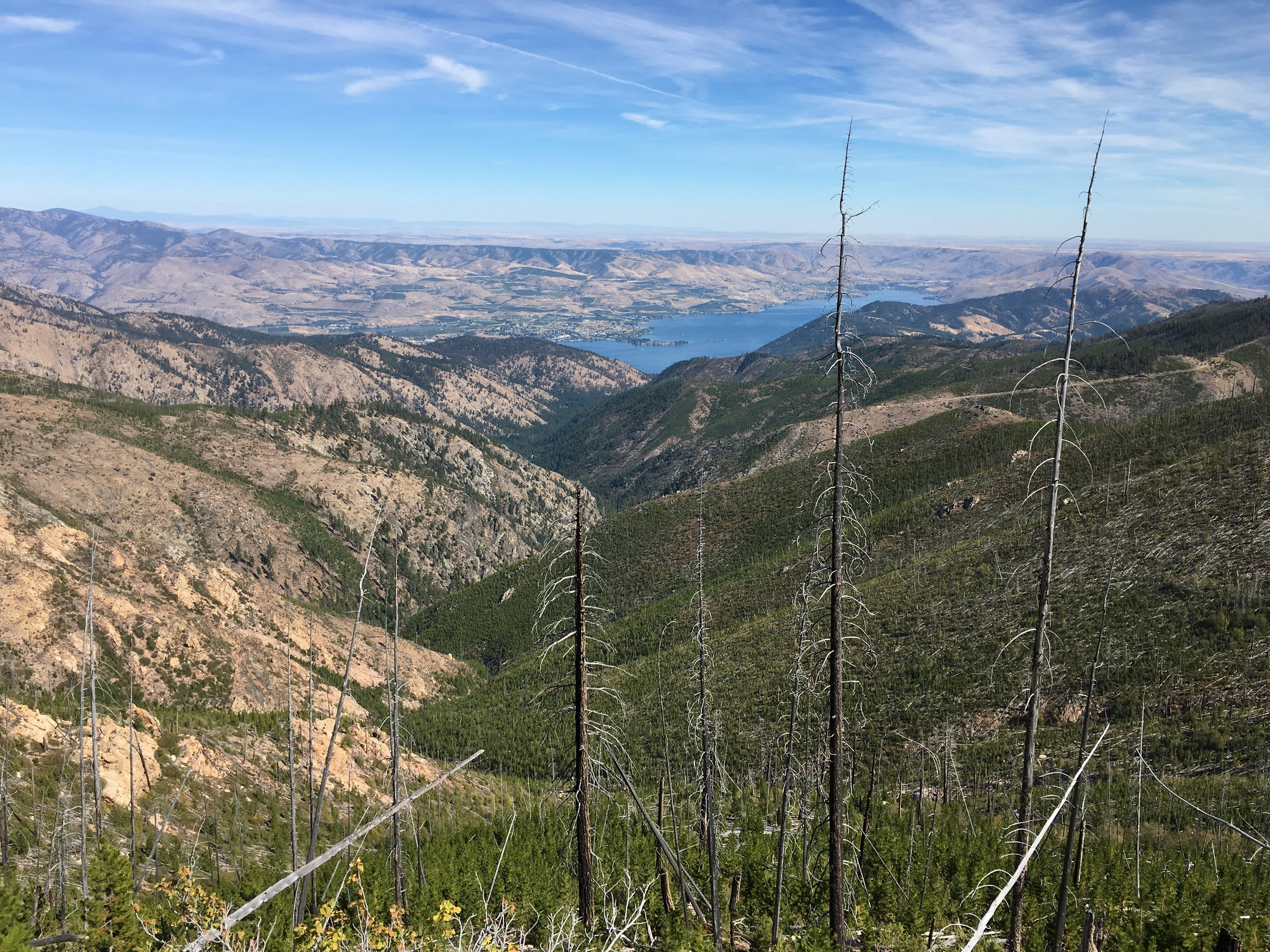 Looking east to Lake Chelan and the desert of eastern Washington.