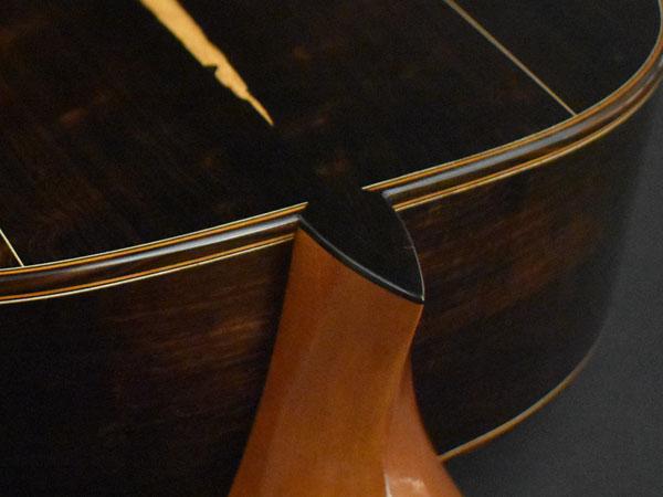 Heel-Detail_Oblique.jpg