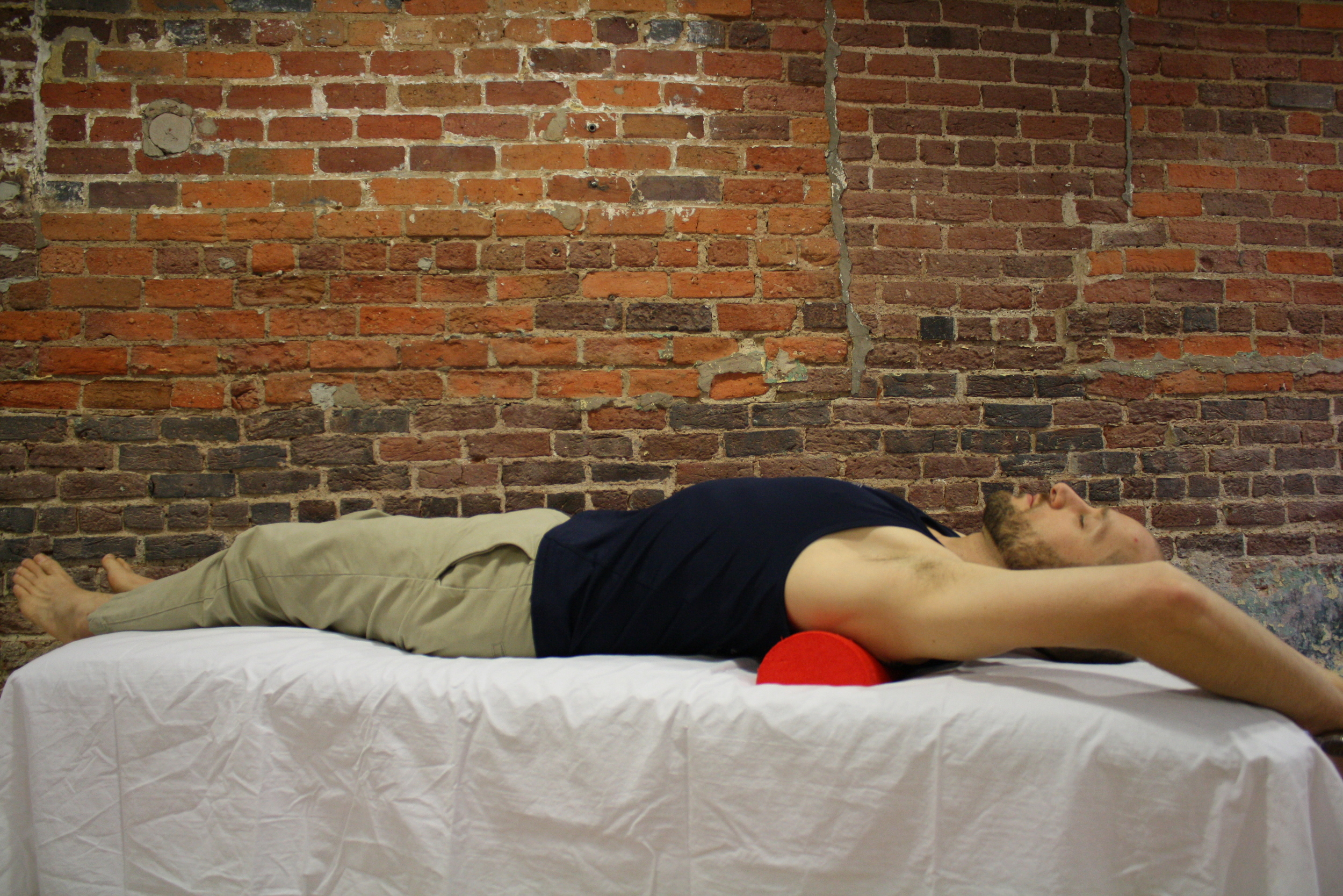 Foam Roll Stretch Thoracic Extension.JPG