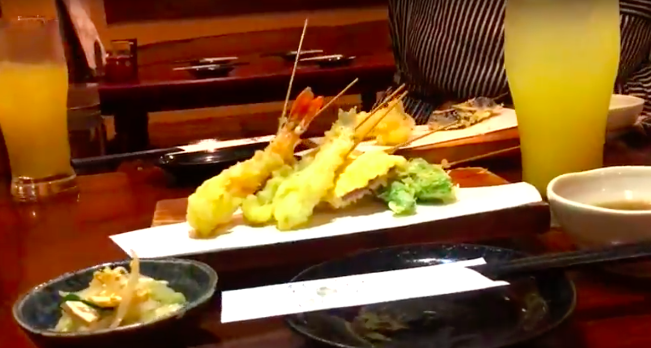 Tempura Restaruant - Delicious tempura and refreshing drinks at a local izakaya. Orders are taken in a unique and fun way, as well.