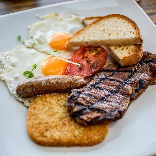 Our steak breakfasts are made for champions  #waterfrontgrill