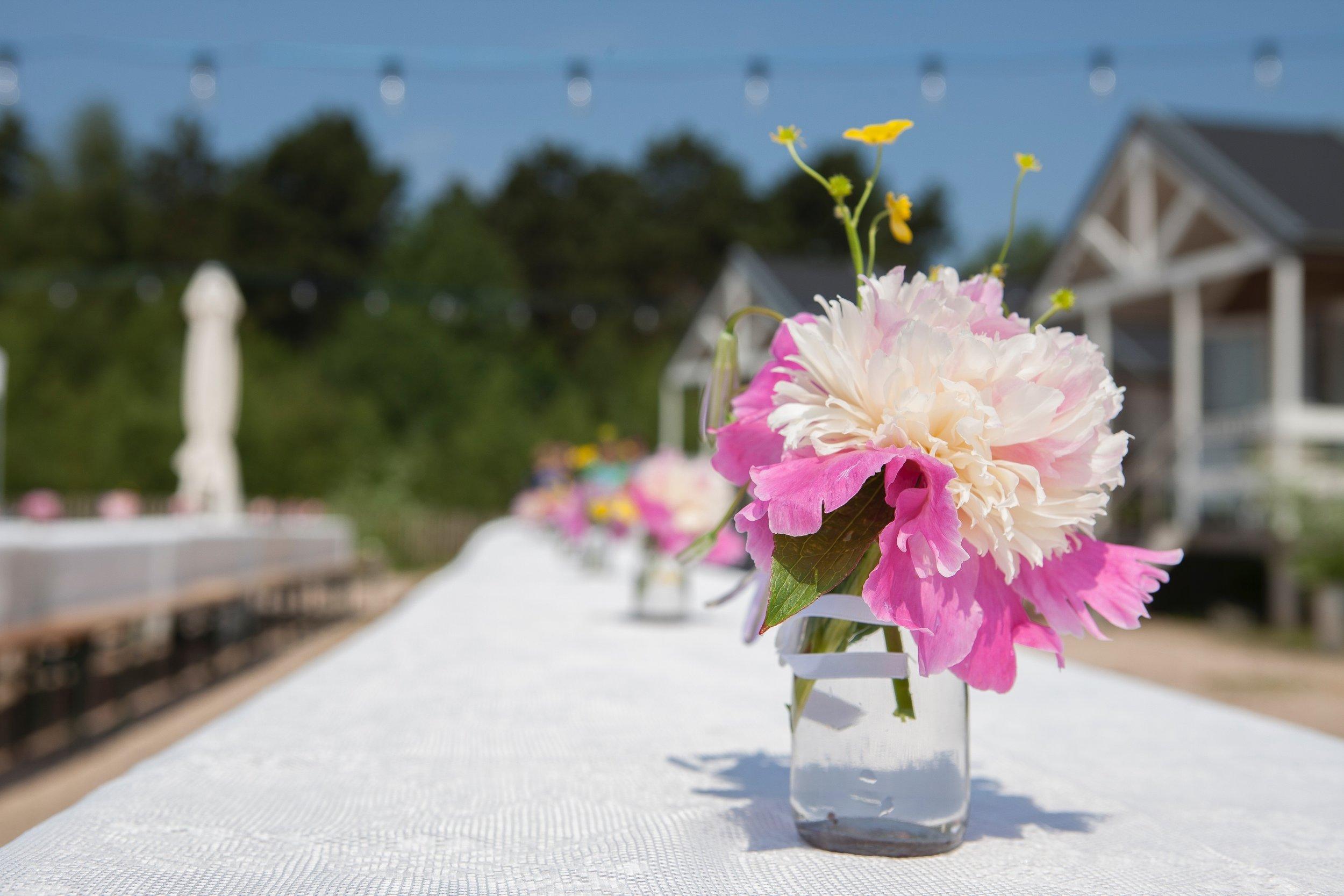WEDDING-flowers-paul- 2.jpg