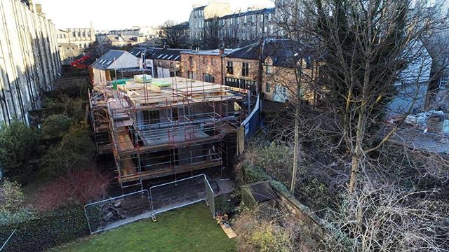 Progress shot - midway point on the timber frame . . #timberframe #structure #steelframe #build #development #concrete #newhomes #design #edinburgh #sipodevelopments #sipo