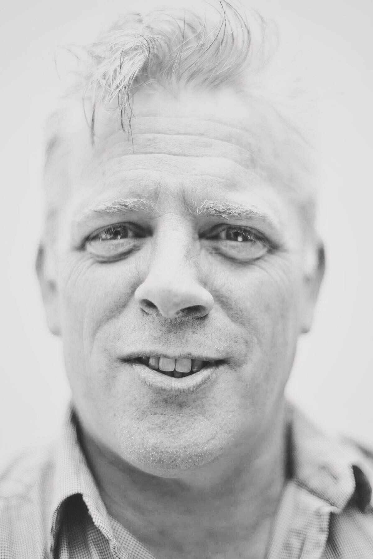 RICHARD COLLINS  Senior Architect / Urban Designer