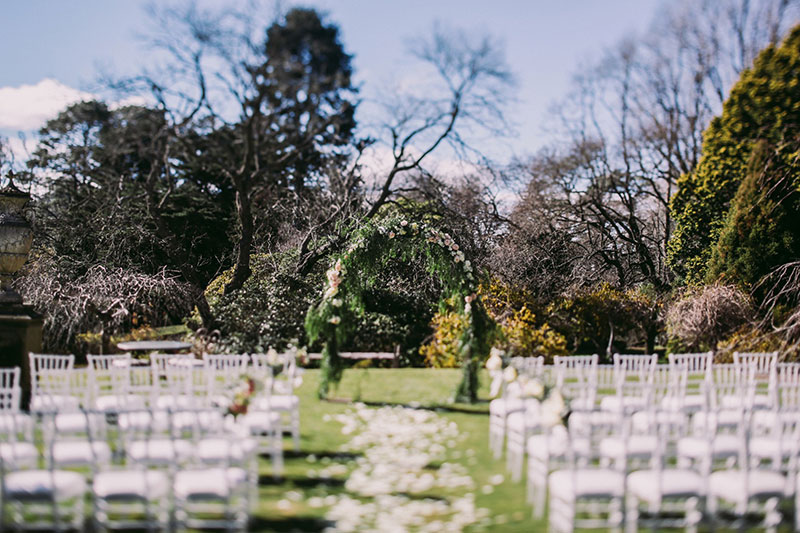 Lara-Hotz-Overseas-Wedding-Big-Day-Australia-Milton-Park-Country-House-028.jpg