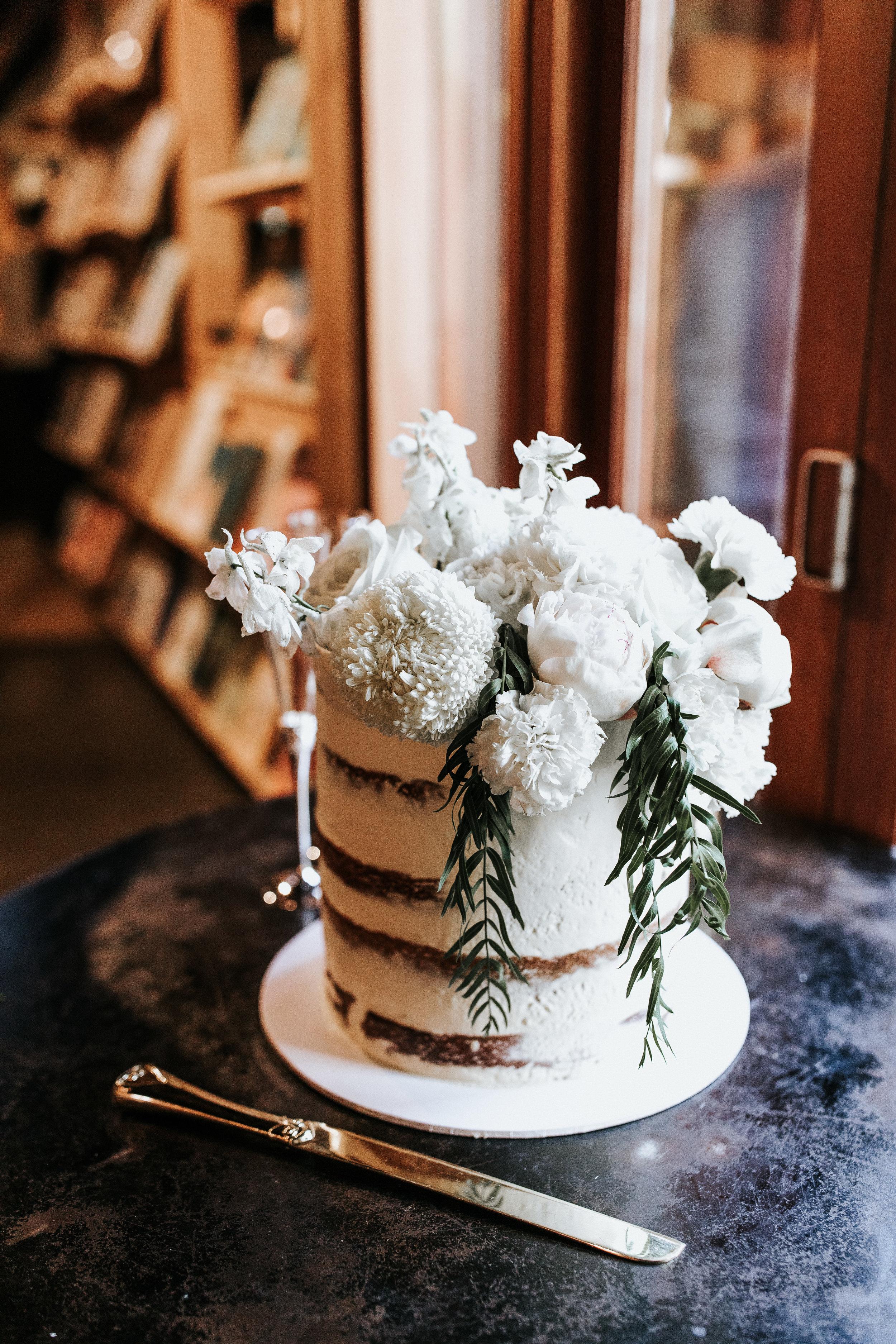 ashleigh-kurtis-pont-wedding-520.jpg