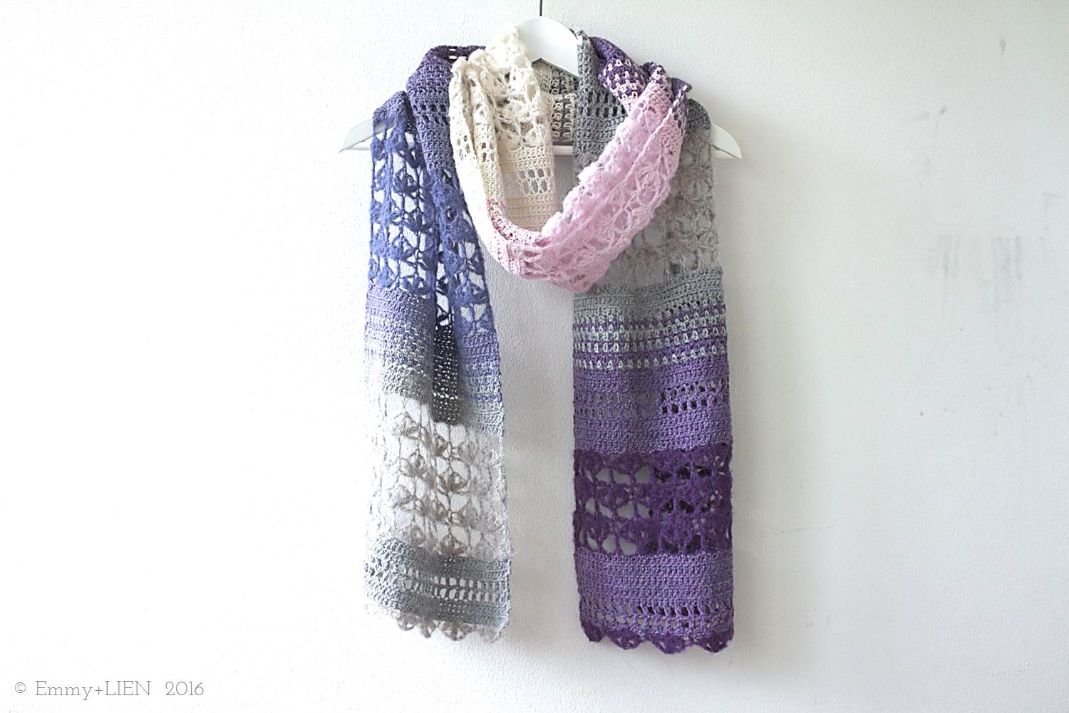 Ombre version of the Floss Scarf by Eline Alcocer