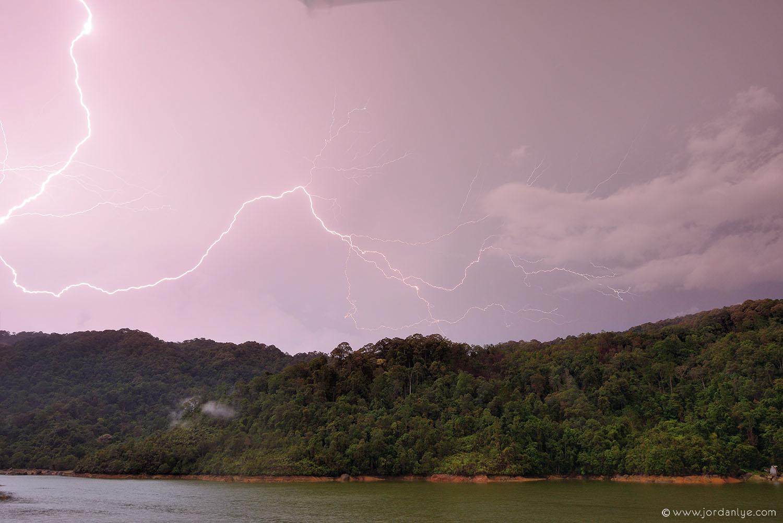 penang-air-itam-dam_landscape-photographer_lightning-season_jordan-lye-9.jpg